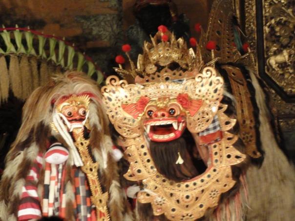 Le barong, protecteur des villageois.