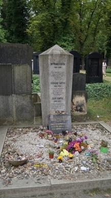La tombe de Franz Kafka